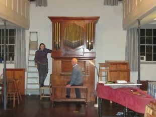 2michael-taylors-chamber-organ