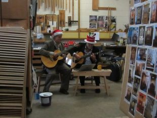 visit-by-christmas-musicians-at-the-christmas-open-studio-event-on-november-25-27th-1